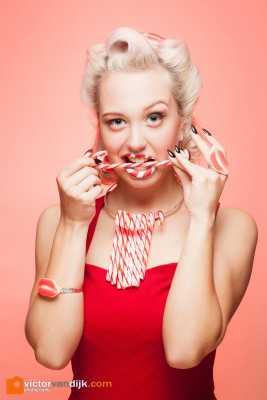 Candy pin up